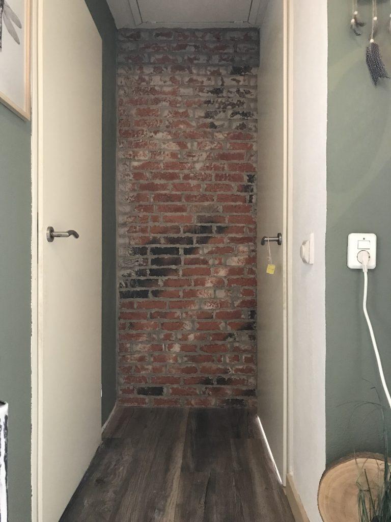 brickwall zonder de koperen leidingen