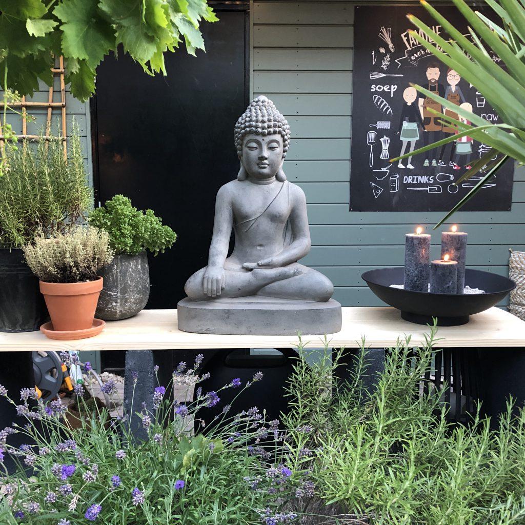 Buitenkeuken wordt sfeer element in de tuin
